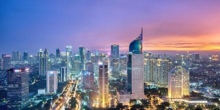 https://commons.wikimedia.org/wiki/File:Jakarta-Skyline-from-Bund.jpg